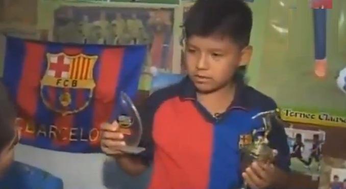 prensa la eskina callao futbol club barcelona de españa niño