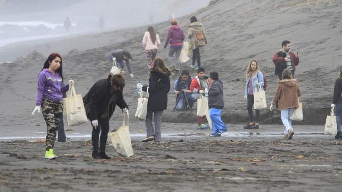 prensa la eskina callao ventanilla playa marquez callao voluntarios de estados unidos limpian
