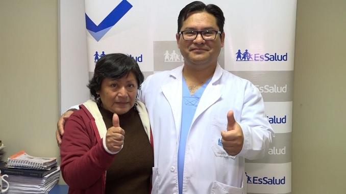 hospital nacional alberto sabogal sologuren maria gloria 57 años aneurisma cirugia cerebrovascular